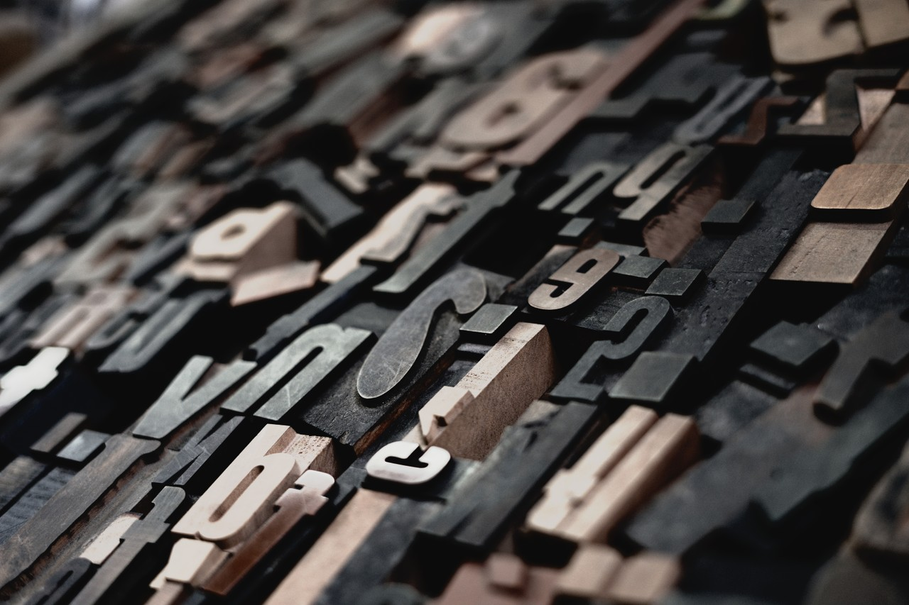 Typography - Anatomy of Letterforms